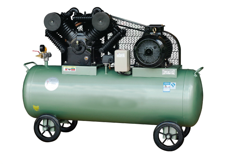 Двухступенчатый поршневой компрессор с ременным приводом 5.5 кВт