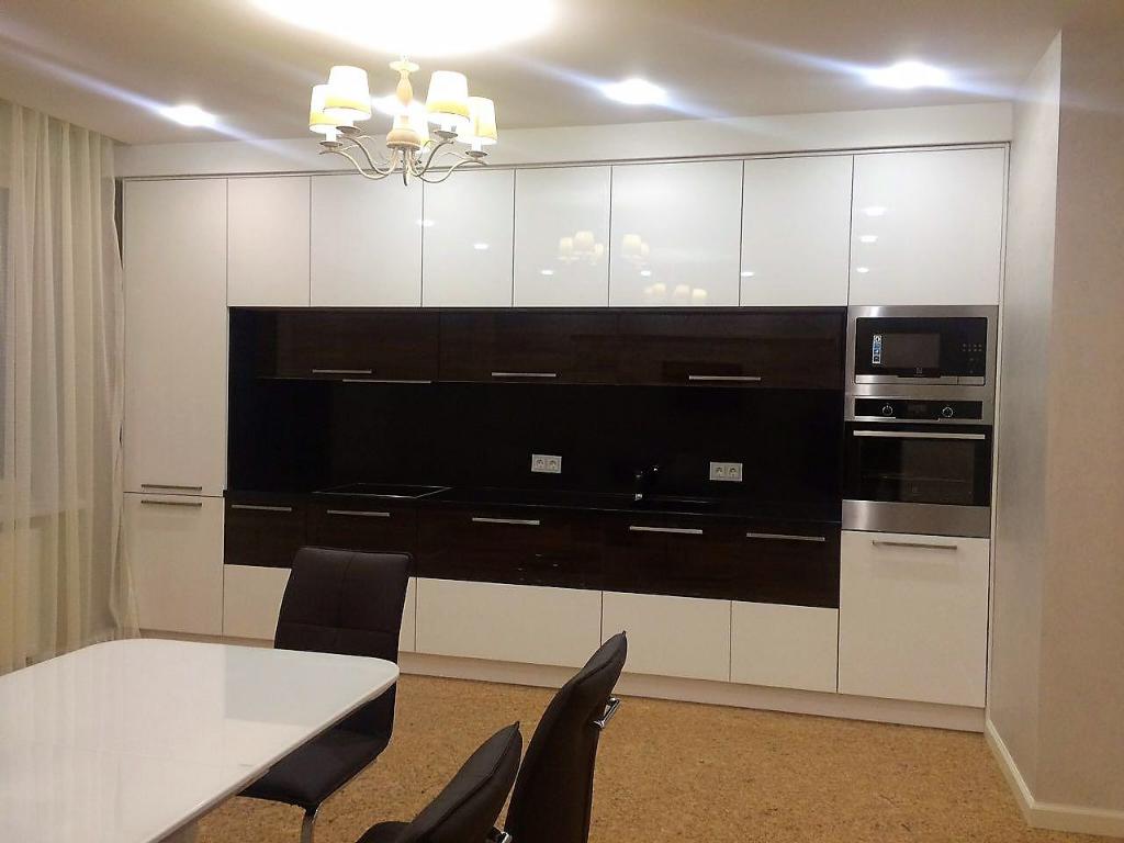 Кухня в современном стилеМДФ,ЛДСП Egger, фурнитура Blum