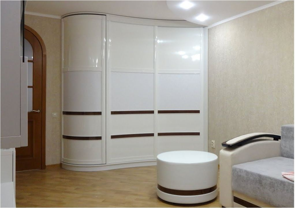 Шкаф светлый 2 метра