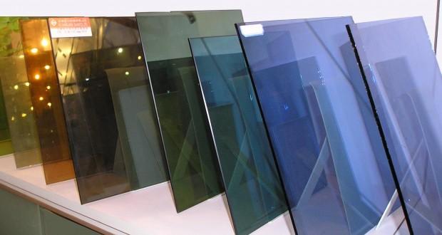 Стекла Interglass по 4 мм толщиной. В нашей компании имеются все варианты остекления ваших окон: тонированные, матовые, рифленые, энергосберегающие, противоударные и т.д...