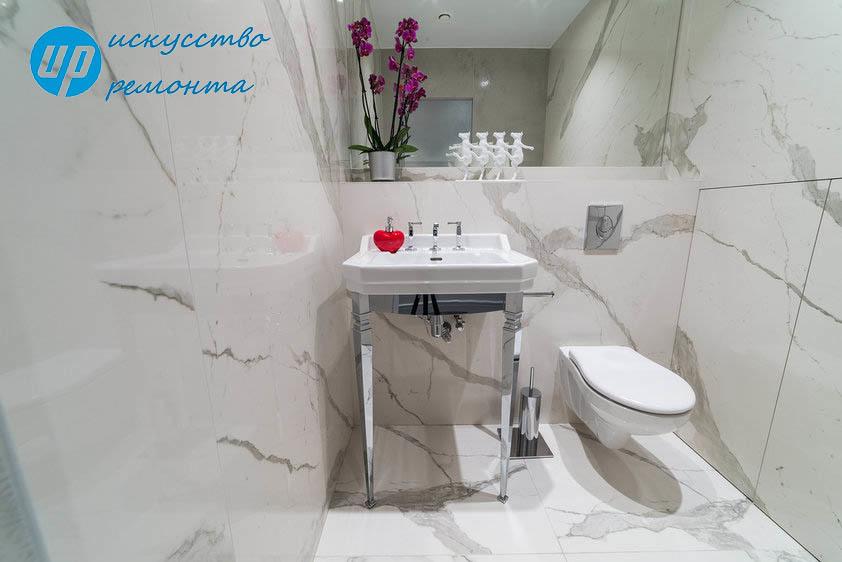 Гостевой ТуалетГостевой санузел - это комфортно и современно. Он может быть совсем небольшой, но там должно быть всё самое необходимое, а вот оформить помещение можно очень изысканно.