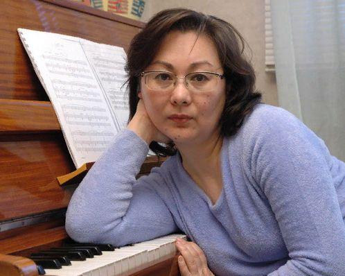 Курс обучения по журналистике и копирайтеров проводитИрина Юрьевна Никонова продюсер, журналист, телеведущий.