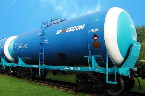 ЦистернаДля перевозки жидких и газообразных грузов (нефть, керосин, бензин, масла, кислоты, сжиженные газы и т. п.).