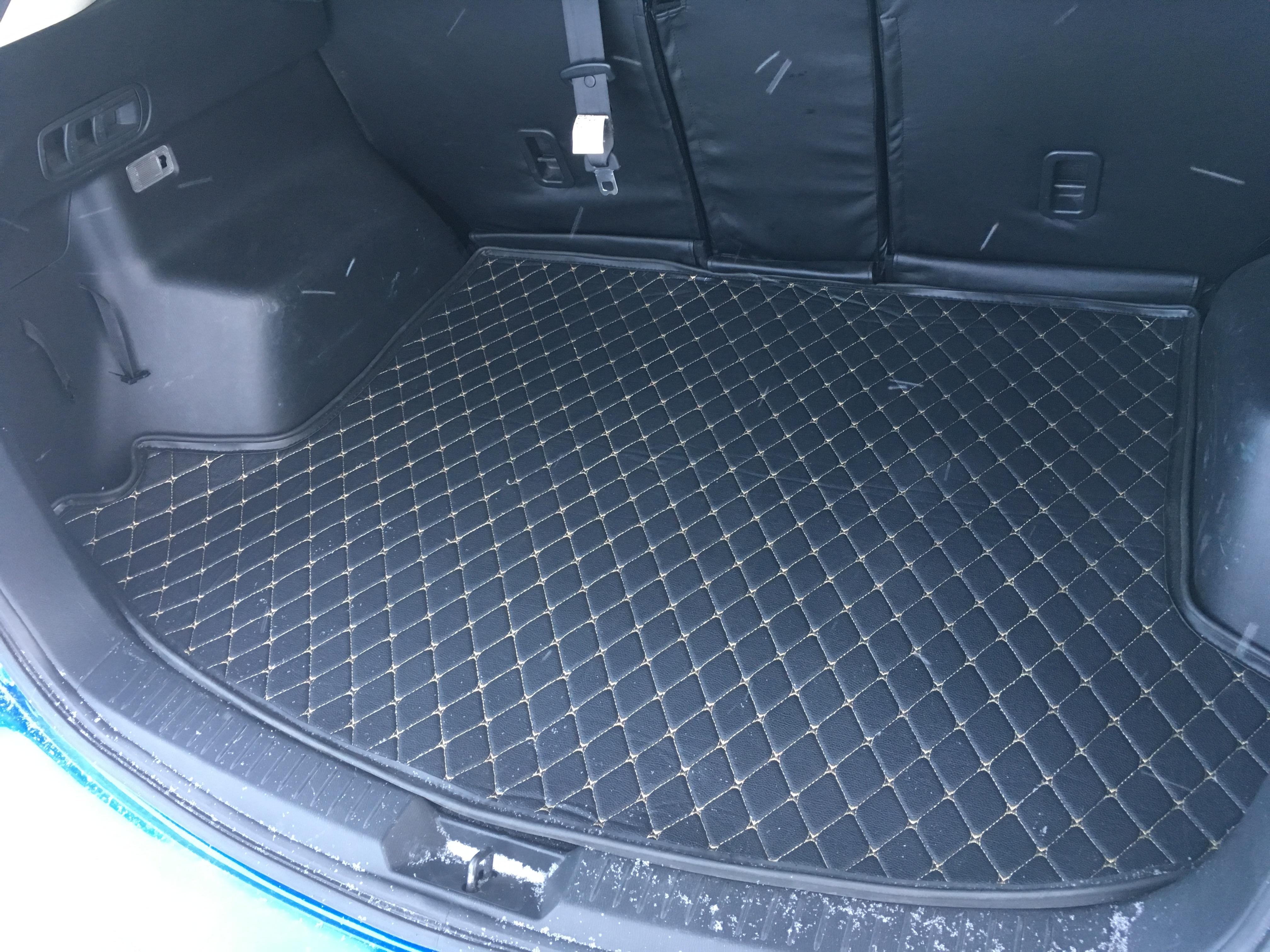 Коврик в багажник (S)5000 p.По контуру пола