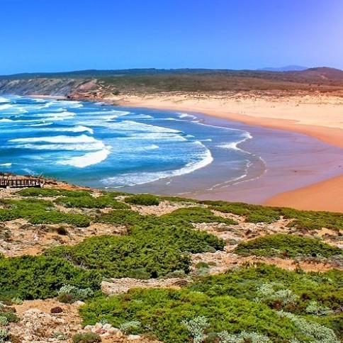 Насладиться прекрасной природой Португалии и ощутить запах моря