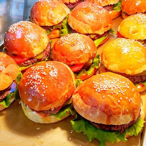 Разнообразные сендвичи от 100 руб