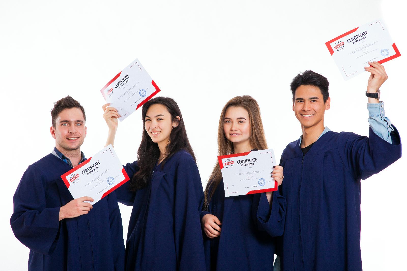 Итоговый экзамен по окончании курса и сертификат при успешной сдаче и подтверждении уровня