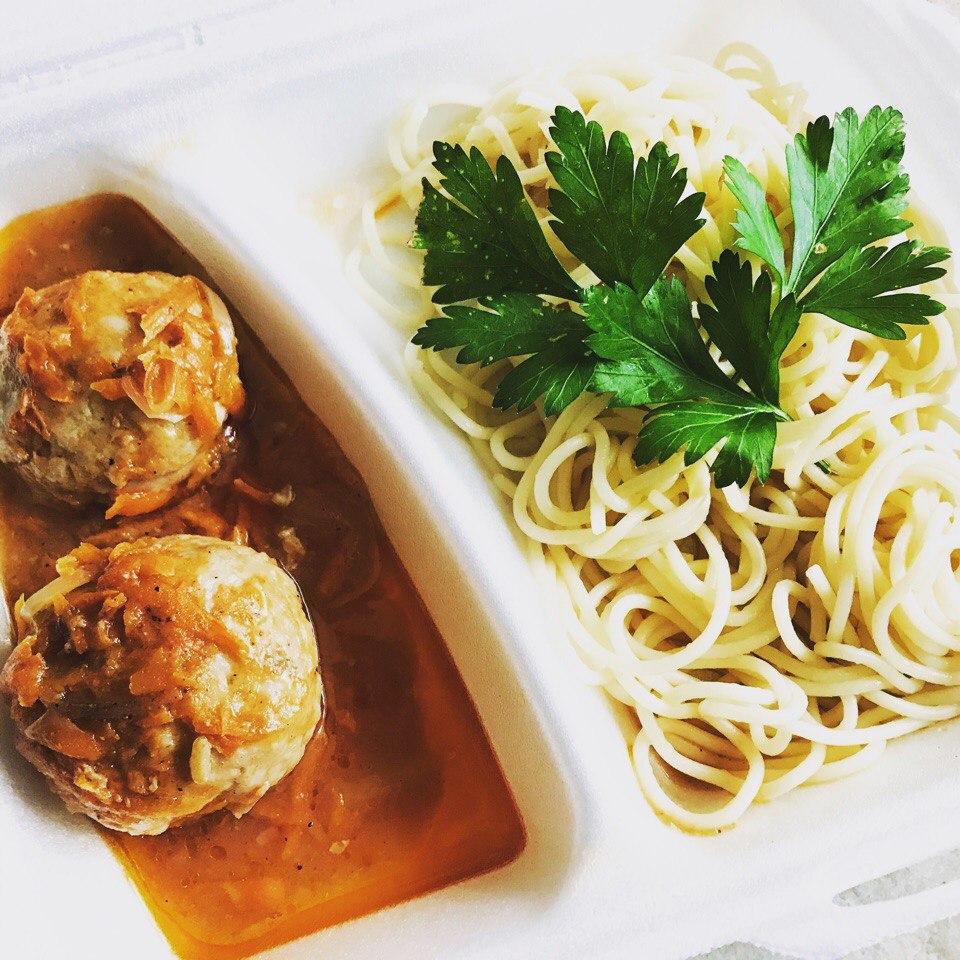 Спагетти с тефтелями из 100% мяса
