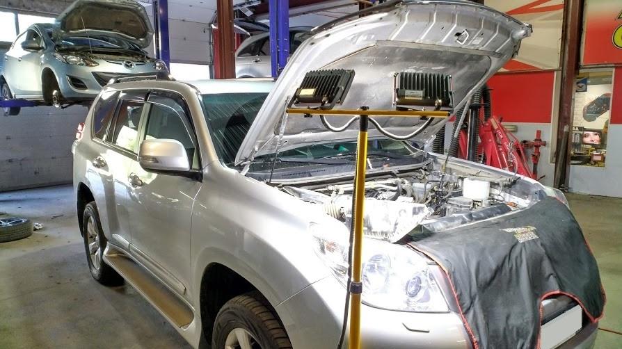 Демонтаж инжекторов на автомобиле TLC Prado 150