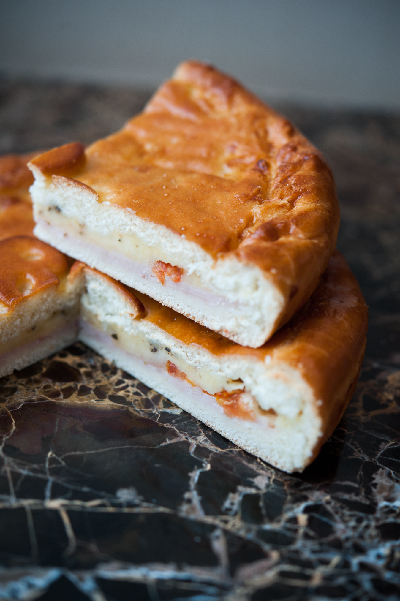 Пирог ветчина-сыр