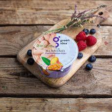 Йогурт миндальный с персиком и маракуйей