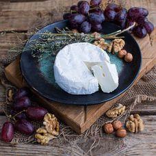 Сыр Камамбер Лефкадии с белой плесенью