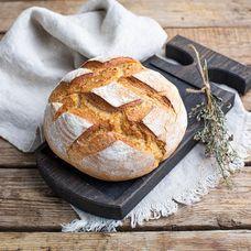 Цельнозерновой хлеб на закваске с пажитником и сыром