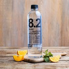Родниковая негазированная detox-вода «8.2»