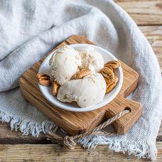Мороженое карамельное с морской солью и пеканом