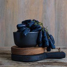 Виноград чёрный «Дамские пальчики»