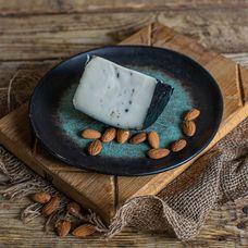 Сыр полутвёрдый «Совье» козий с трюфелем
