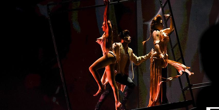 Премьера fashion Freak Show от знаменитого кутюрье, французского модельера - Жана Поля Готье