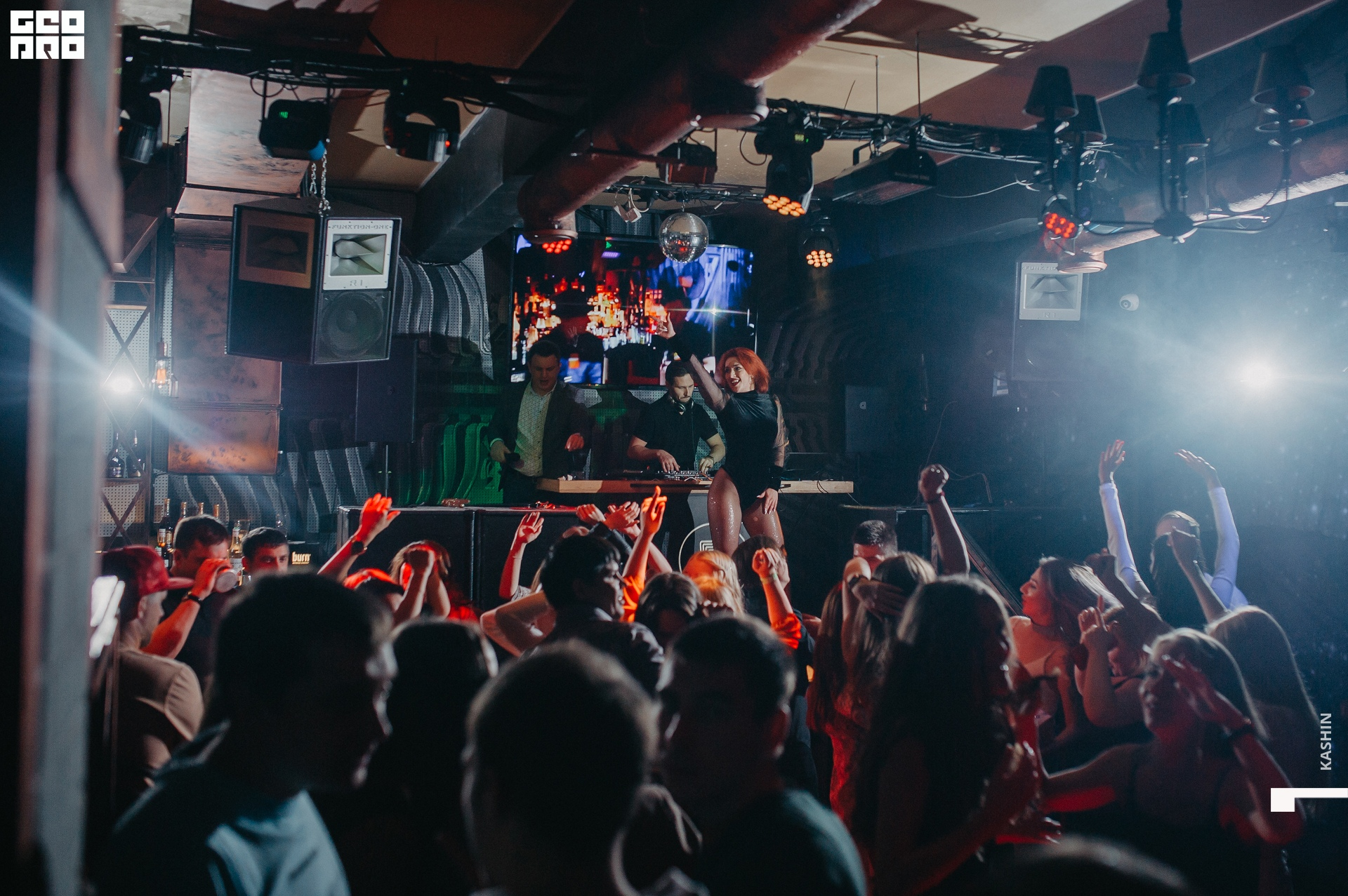 Фабрика киров клуб ночной мужские клубы новый уренгой