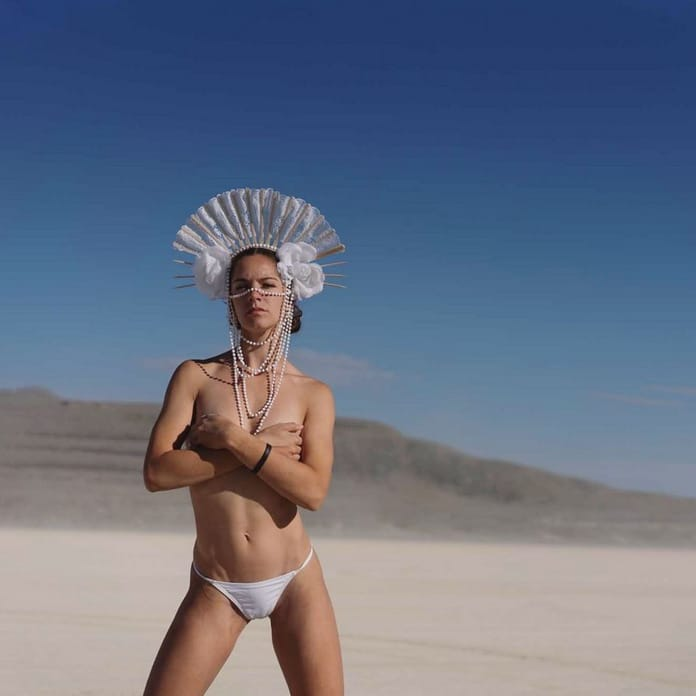 Burning Man 2019 и Black Rock City, инсталляции и девушки