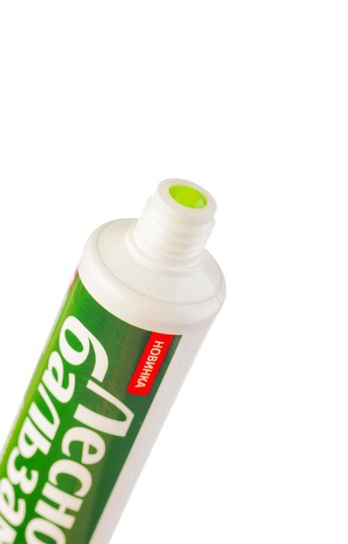 описание Лечебно-профилактическая зубная паста с экстрактом ромашки и маслом облепихи на отваре трав
