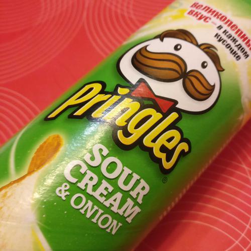 фото13 Чипсы Pringles со вкусом сметаны и лука, 165гр.
