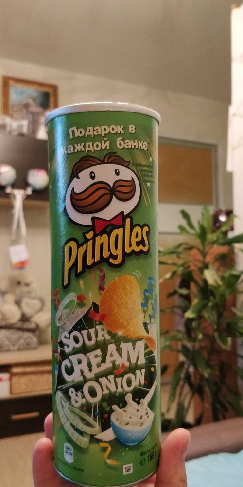 описание Чипсы Pringles со вкусом сметаны и лука, 165гр.