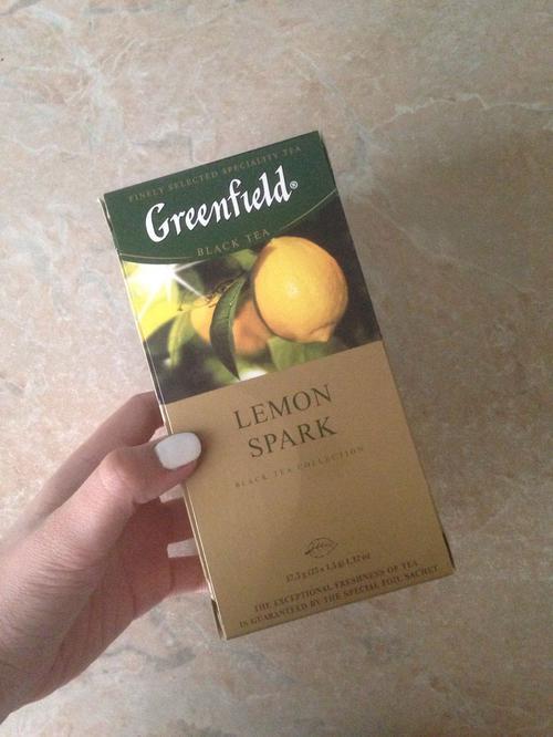 цена Чай черный байховый Гринфилд Лемон Спарк в пакетиках