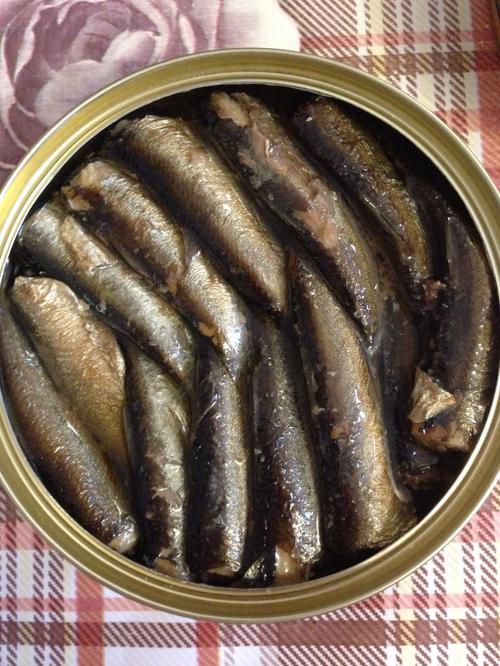 фото3 Консервы Знак качества из копченой рыбы. Шпроты в масле из балтийской кильки