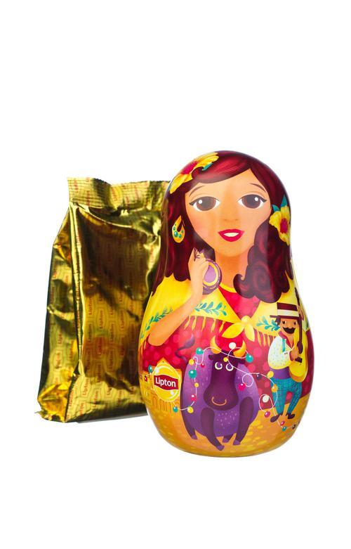 цена Набор Lipton «Новогодняя игрушка-матрешка» с листовым чаем