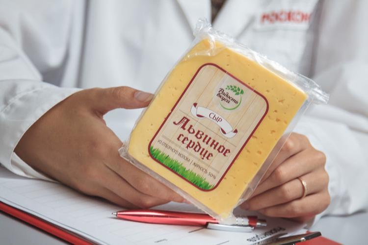 """Сыр """"Радость вкуса"""" """"Львиное сердце"""" 50%"""