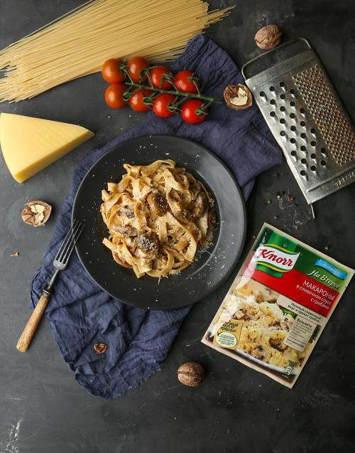 описание Кнорр на второе сухая смесь для приготовления макарон в сливочном соусе с грибами