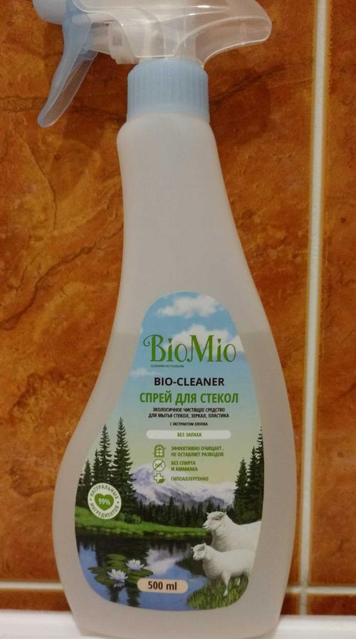 biomio. bio-glass cleaner экологичное чистящее средство для стекол, зеркал, пластика. без запаха. biomio. bio-glass cleaner eco glass, mirror and plastic cleaner. fragrance free