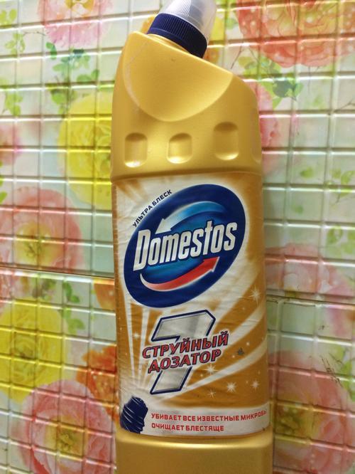 фото5 Чистящее средство для унитаза Domestos Ультра Блеск