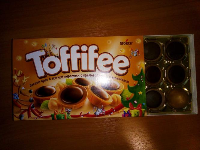 """цена Конфеты """"Тоффифи"""" (Toffifee) Лесной Орех в карамельной чашечке с нугой и шоколадом, 125гр."""