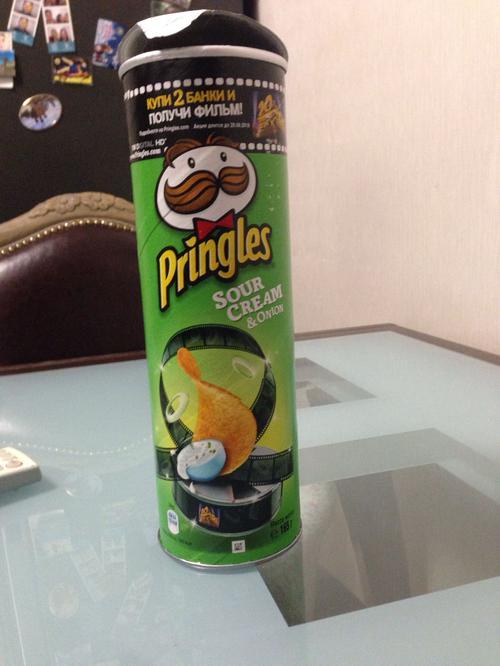 фото15 Чипсы Pringles со вкусом сметаны и лука, 165гр.