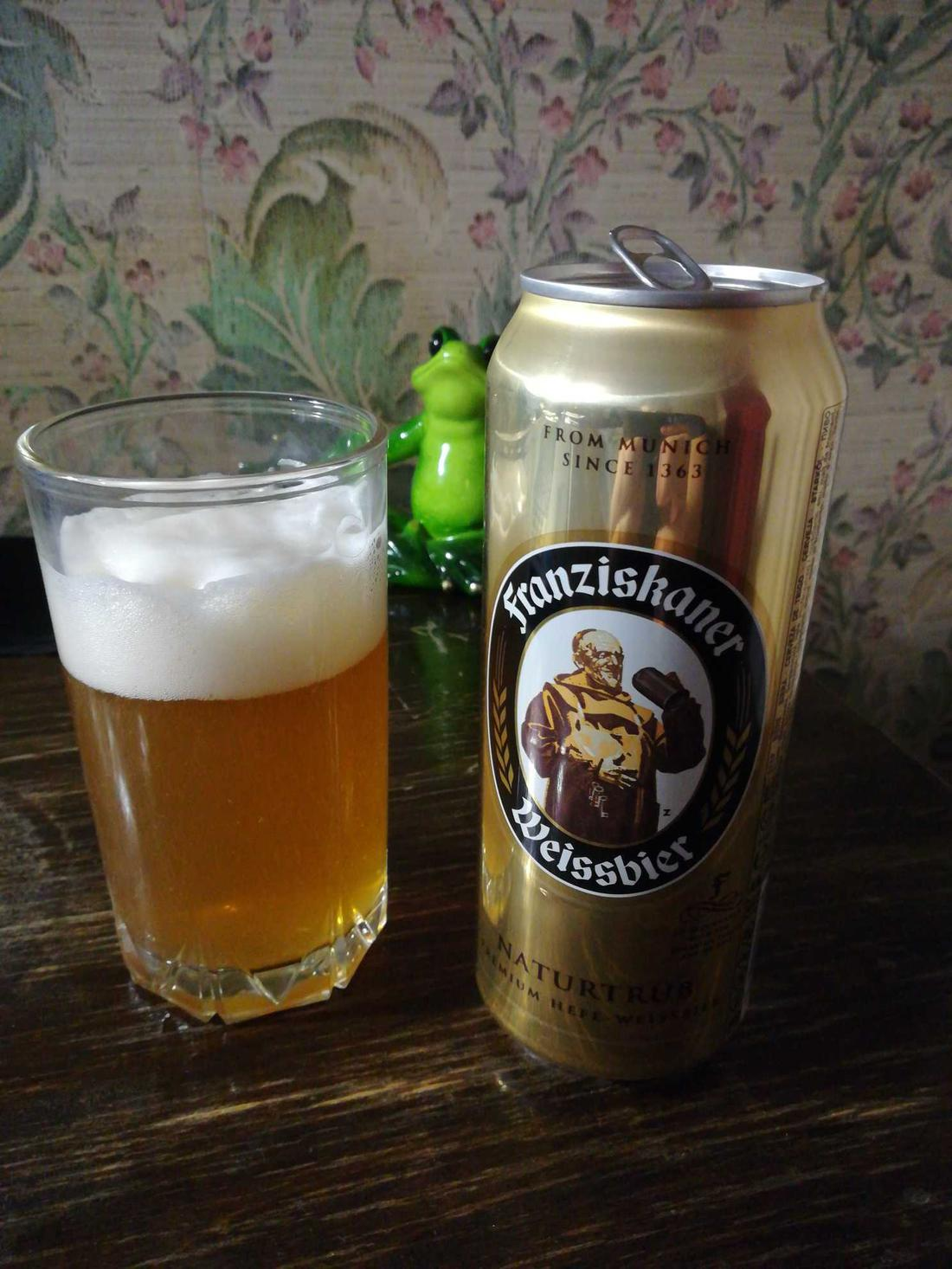 Пиво «Францисканер Хефе-Вайсбир» («Franziskaner Hefe-Weissbier»). Изготовитель: Spaten Franziskaner Bräu GmbH