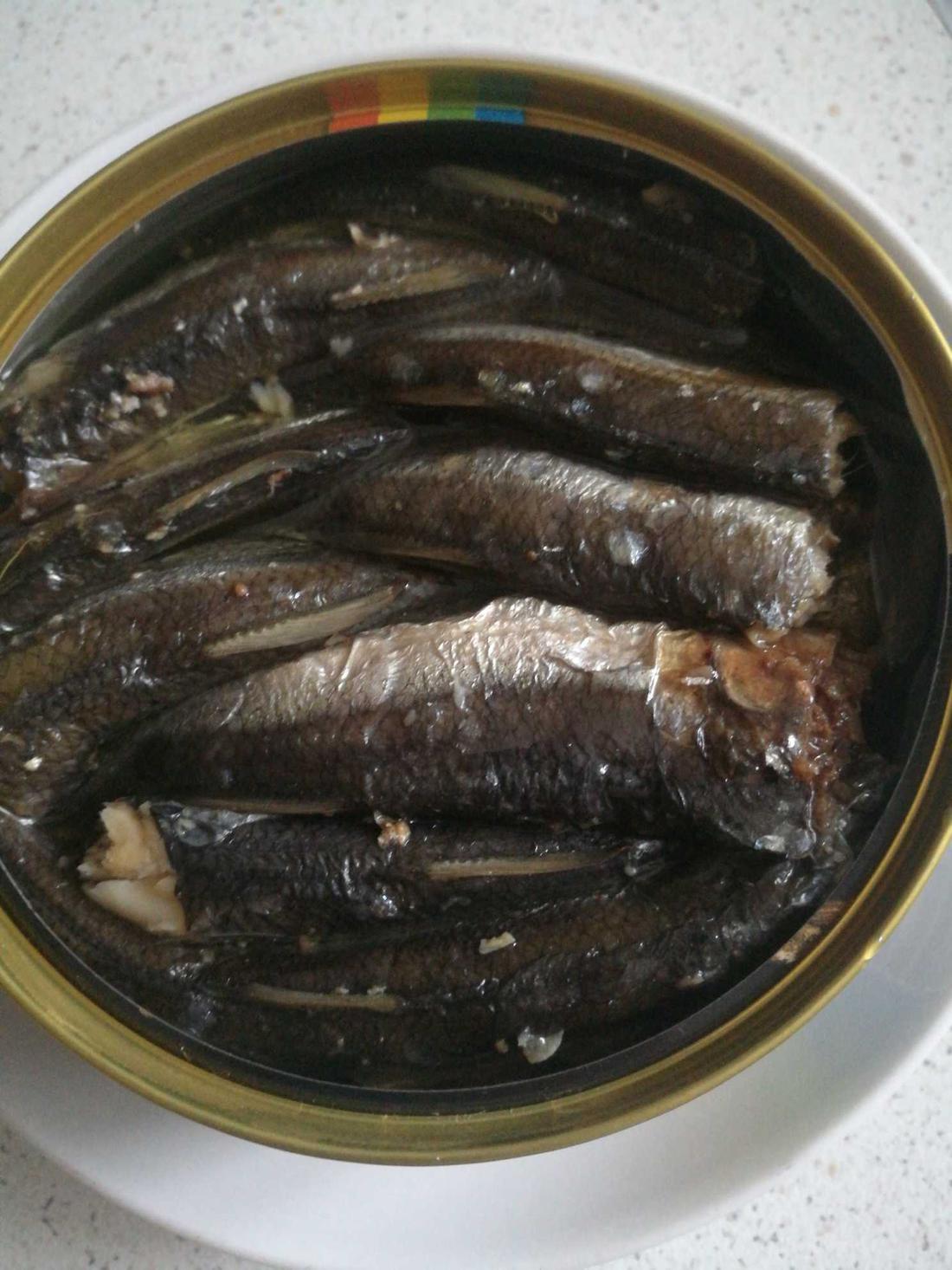 отзыв Шпроты в масле Консервы рыбные стерилизованные. «Морская радуга»