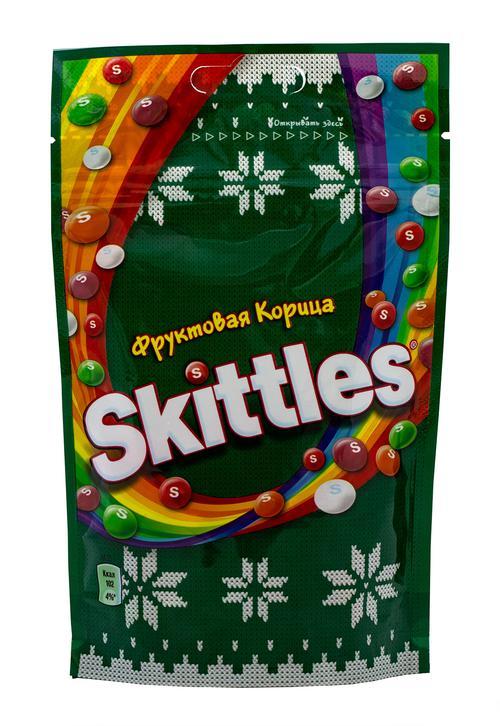 отзыв Драже Skittles Фруктовая корица в сахарной глазури с ароматами яблока-корицы вишни-корицы лимона-корицы апельсина-корицы и чёрной смородины-корицы, 100г