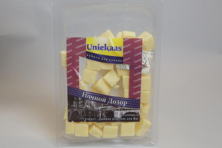 """Сыр Uniekaas """"Ночной Дозор"""" 48%"""