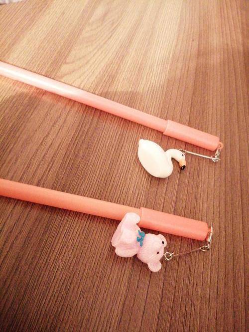 S-99410-1 ручка шариковая с подвеской, Фламинго, микс 1 (флуоресцентный жёлтый, салатовый, оранжевый, розовый), без пушка