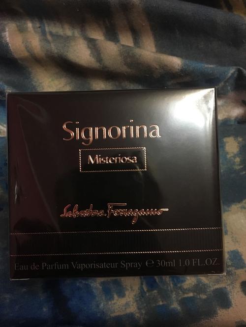 отзыв Salvatore Ferragamo Signorina Misteriosa Eau De Parfum (30ml)