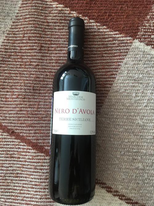 Вино красное сухое «Marchese Montefusco Nero D'Avola», 0.75 л