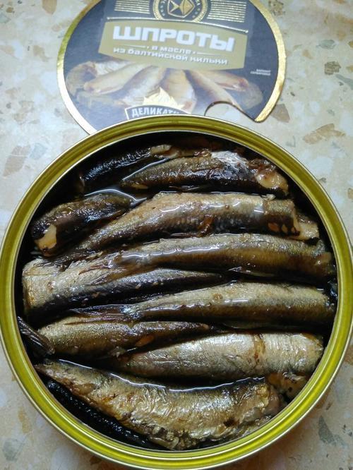 отзыв Консервы Знак качества из копченой рыбы. Шпроты в масле из балтийской кильки