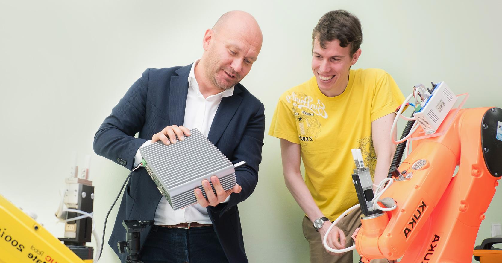 RCML: разработчики из Перми переобучают промышленных роботов (и планируют завоевать мир)