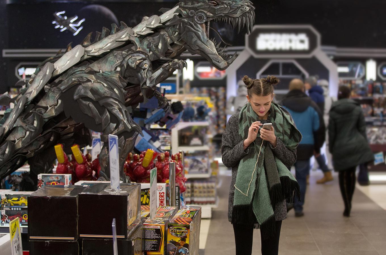 Достучаться до клиента по Wi-Fi: как настроить рекламу в общественных местах (и хорошо сэкономить)