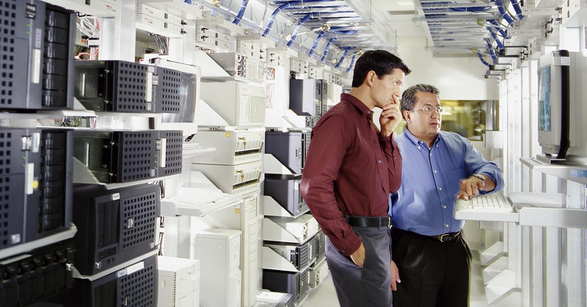 Инженеры IT: как на них заработать (но не в России)