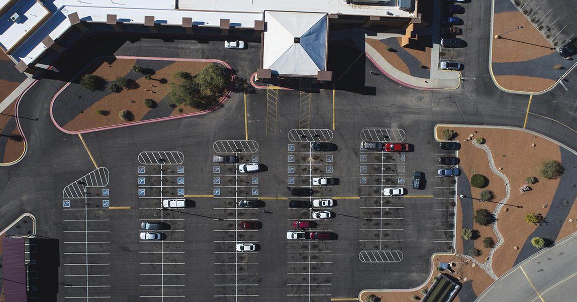 Тени на парковке: как вашему бизнесу помогут спутниковые снимки