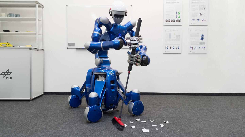 Роботы помогают людям картинки