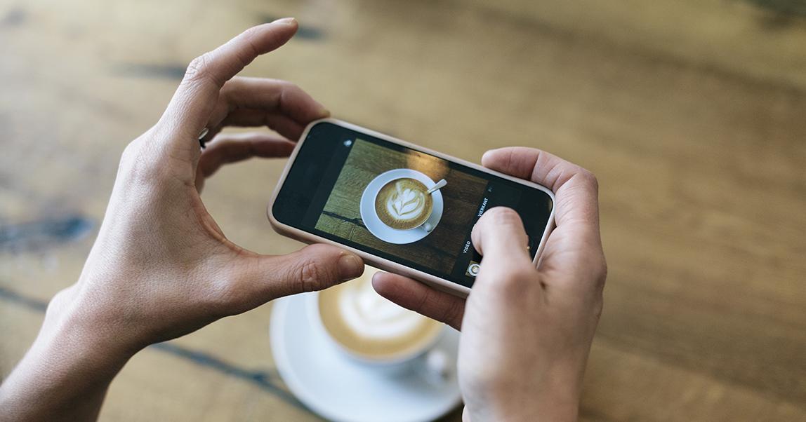 Видео, лайвы, честность: как ресторану вести соцсети